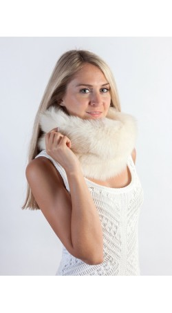 White fox fur neck warmer