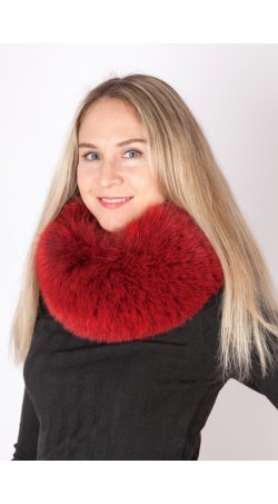 Red-cherry fox fur neck warmer