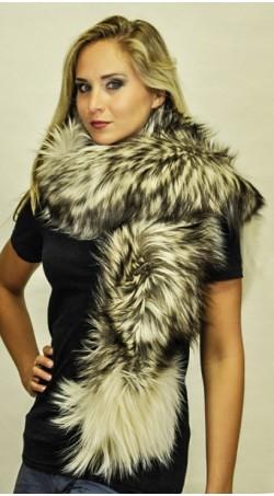 Arctic platinum fox fur scarf2