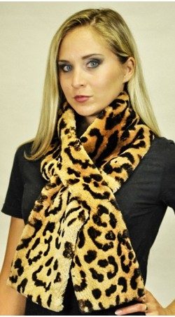 "Beaver fur scarf  ""Spotted"""